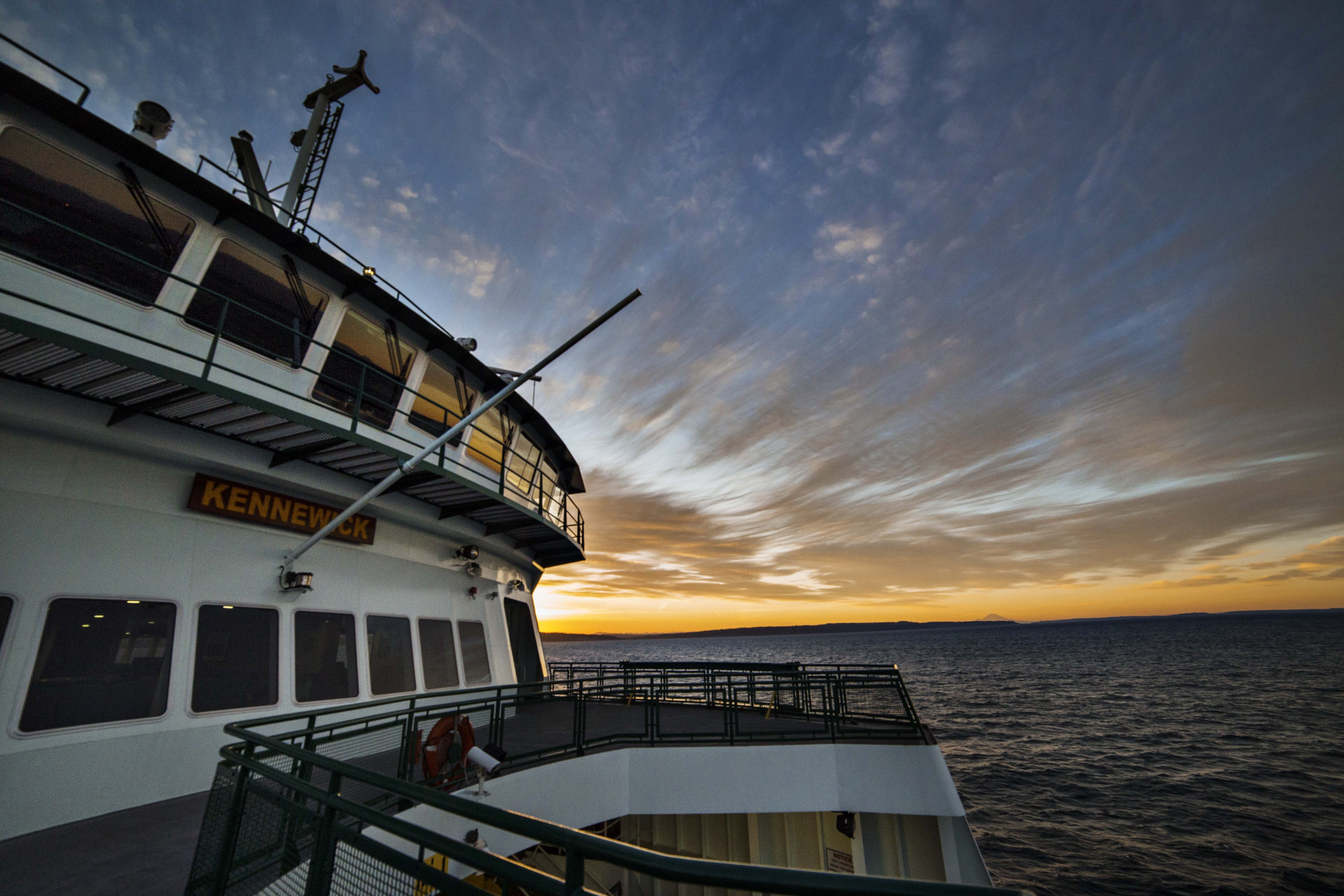 The United States of the Solar System, A.D. 2133 (Book Ten) - Page 32 Washington_State_Ferry_Sunrise_6